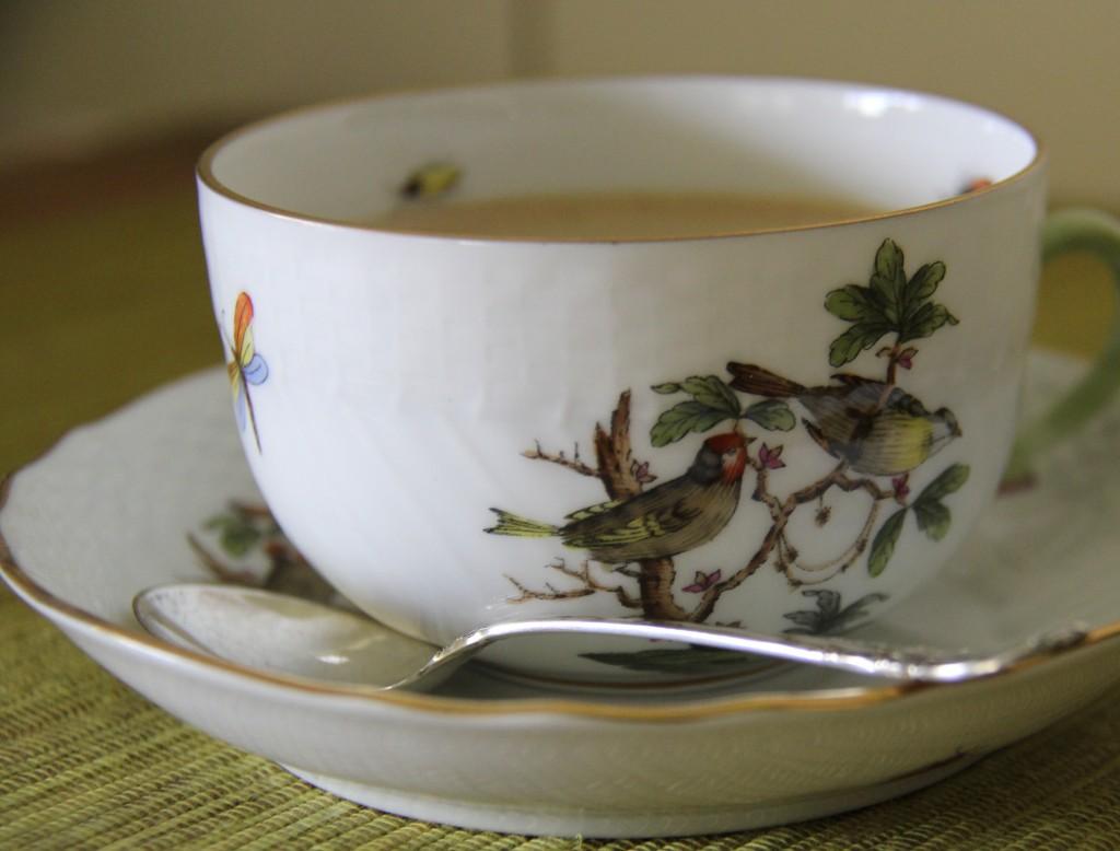 Herond Ware Cup & Spoon